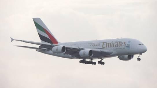 Lufthansa Airlines Vs Emirates