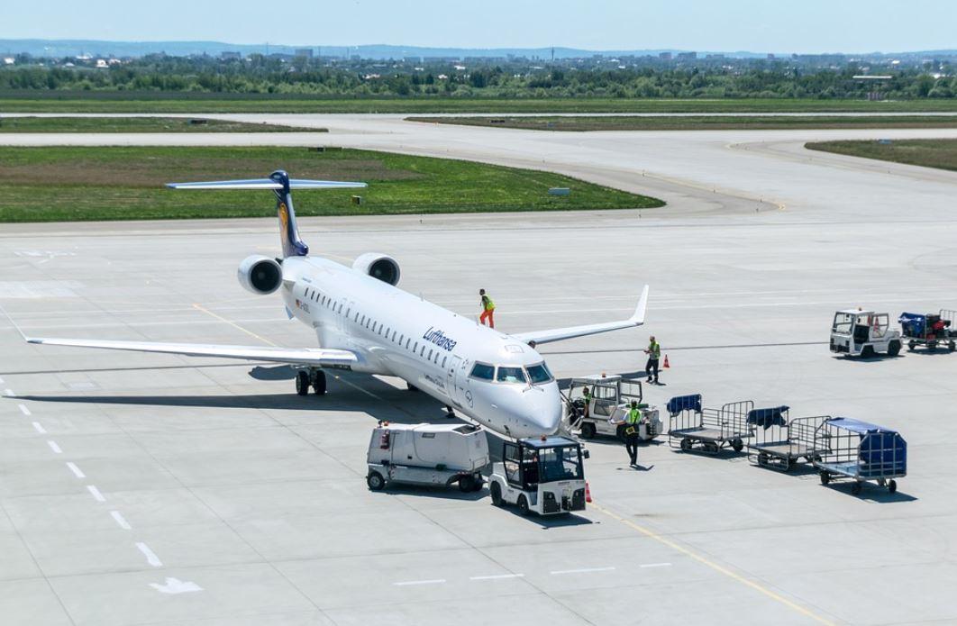 Do Passenger Planes Ship Freight or Cargo?